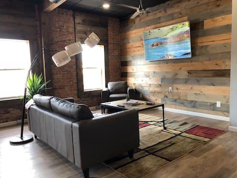 Ultra Modern Loft in Downtown Hannibal