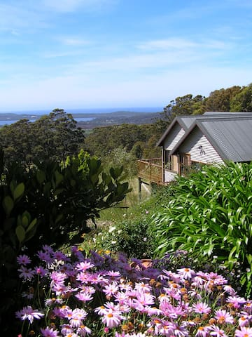 Falconwood Cottage. Top location spectacular views