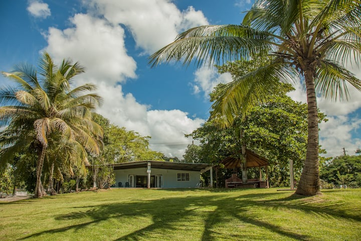 Beach Front 3 Bdrm House on 2 Beautiful Acres