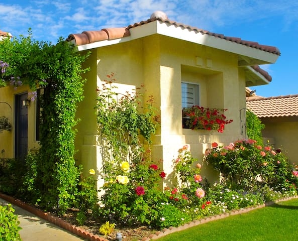 Private Casita Near Coachella Valley Attractions