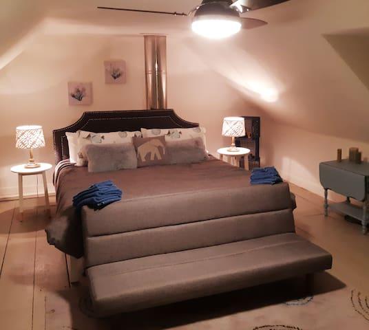 King Size Master bedroom on 2nd level.