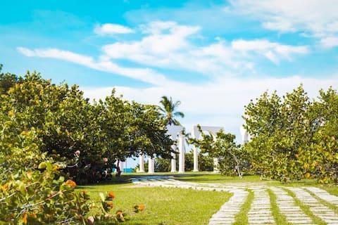 Cayo Bariay Hostal rural tourism/ Beach site