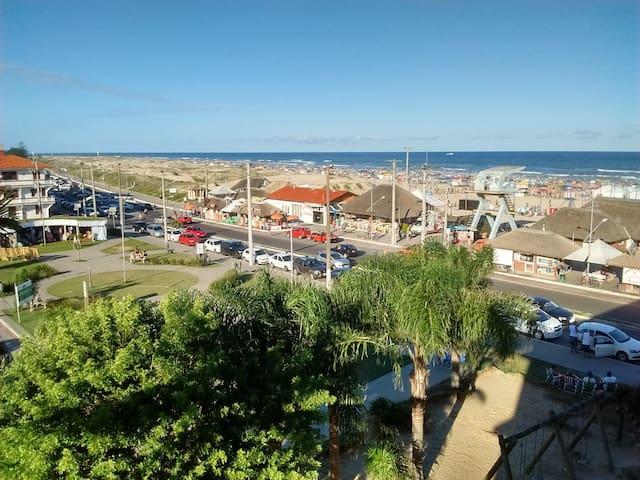 Quarto 02 à Beira-Mar