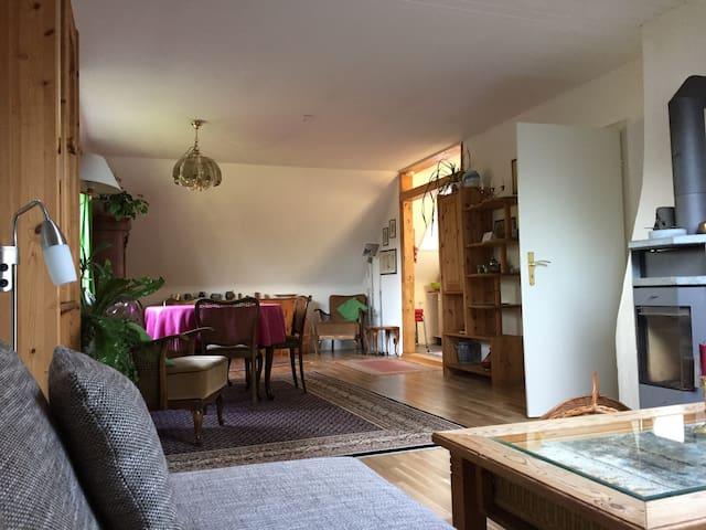 Beautiful upstairs Apartment