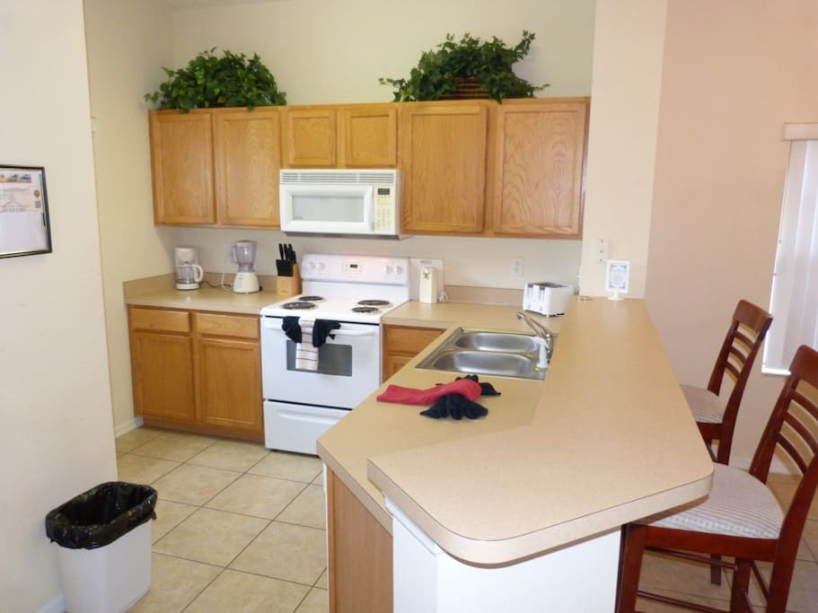 Microwave, Oven, Chair, Furniture, Indoors