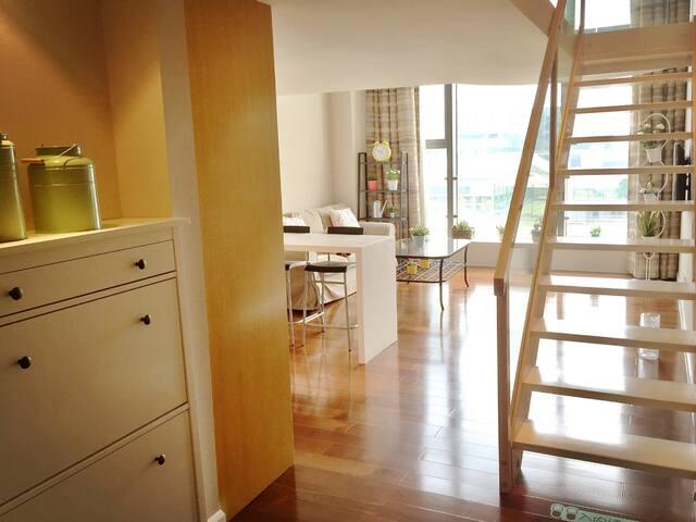 【有内涵的LOFT】一套懂生活的复式2房,无敌城景,五星豪华酒店式公寓