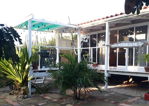 Aruba's #1 romantic hide away