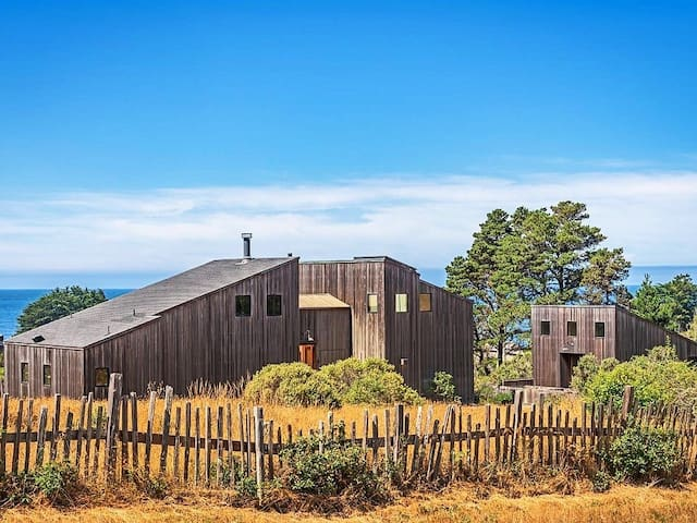 Gracianna Winery Lodge & Bunkhouse at Sea Ranch