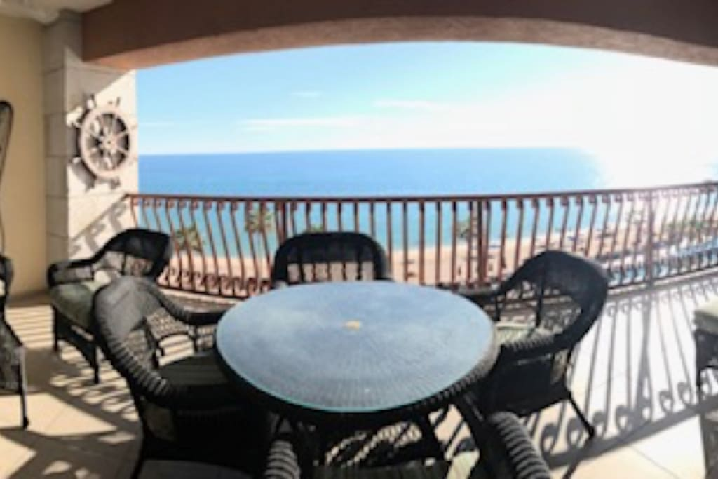 The incredibly large and beautifully decorated patio includes seating for all your guests and includes 3 large outdoor fans to ensure that you can enjoy this amazing view year-round!