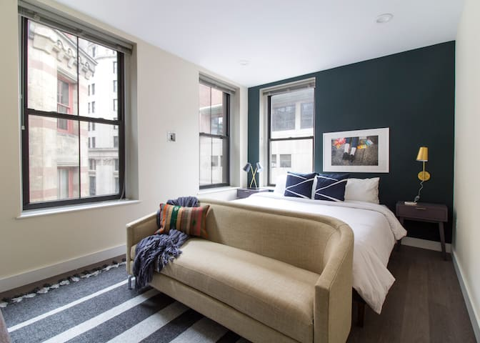 Sonder | Winthrop Square | Smart Studio + Laundry