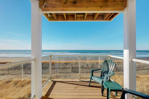 Oceanview and dog-friendly condo w/free WiFi, private washer/dryer, & fireplace
