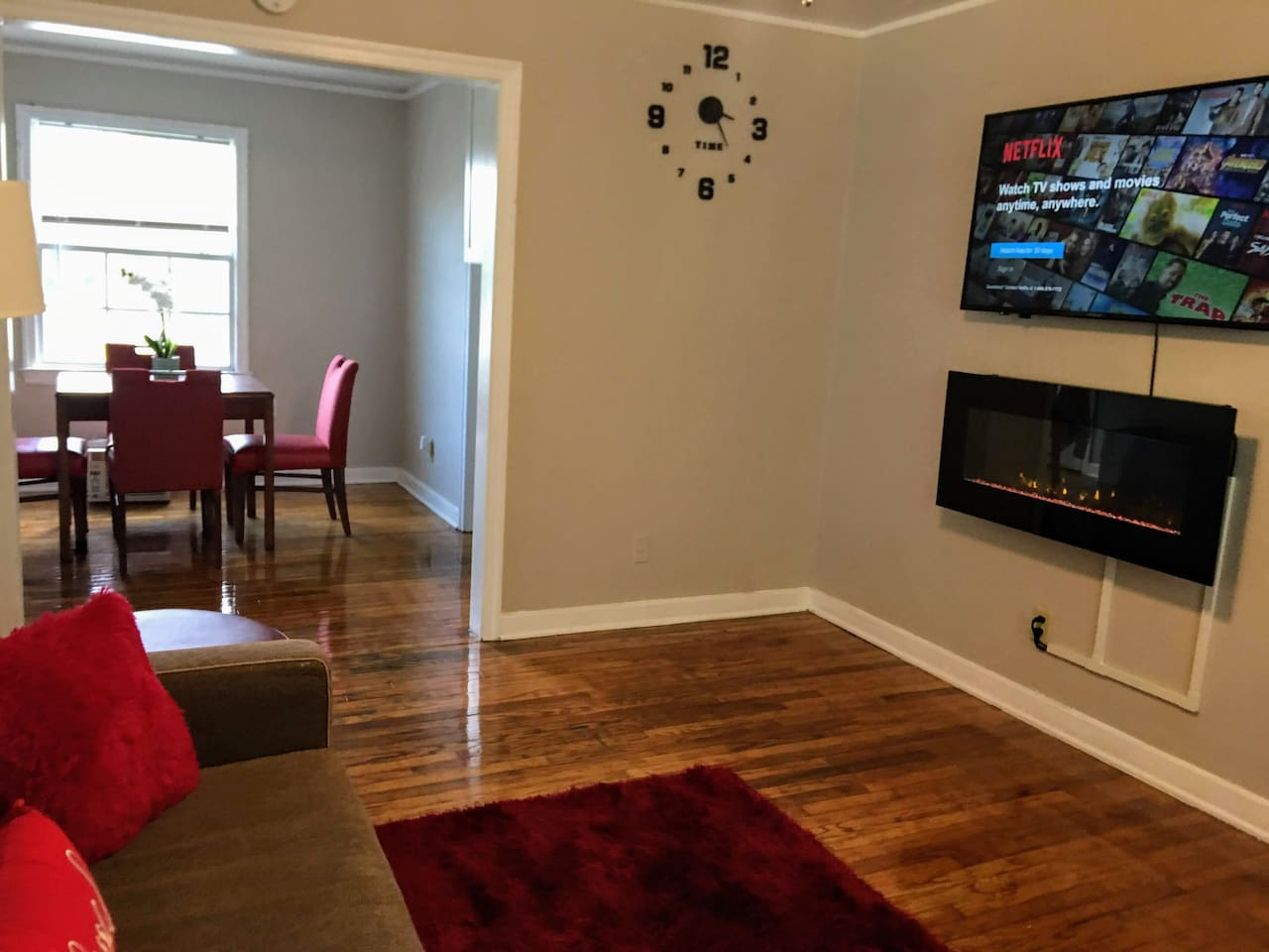 Living room with Smart TV and sofa bed