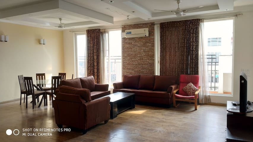 Furnished Rooms - Prestige Shantiniketan - ITPL