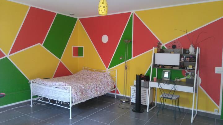 Basement studio in Saint-Marcel