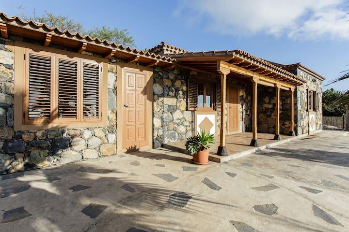 Casa El Drago. La Palma  - Tijarafe - Ev