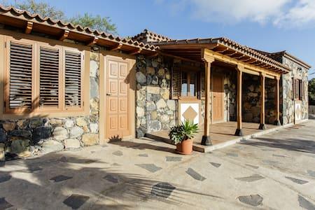 Casa El Drago. La Palma