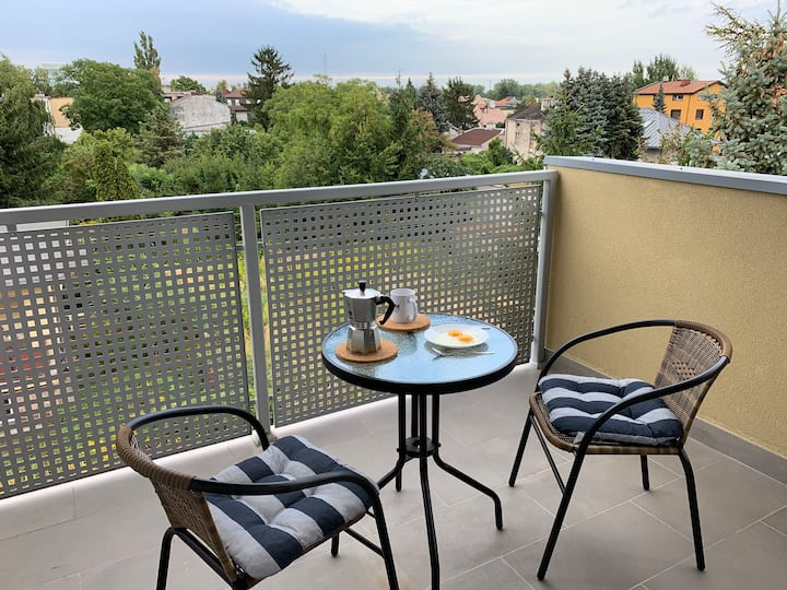 Beautiful room with balcony near Chopin airport