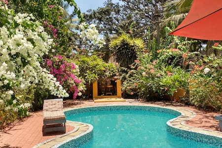 4 Bhk Villa with a private pool in calangute - Calangute