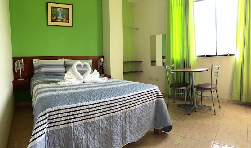 Nice&bright room in hostel close to city center