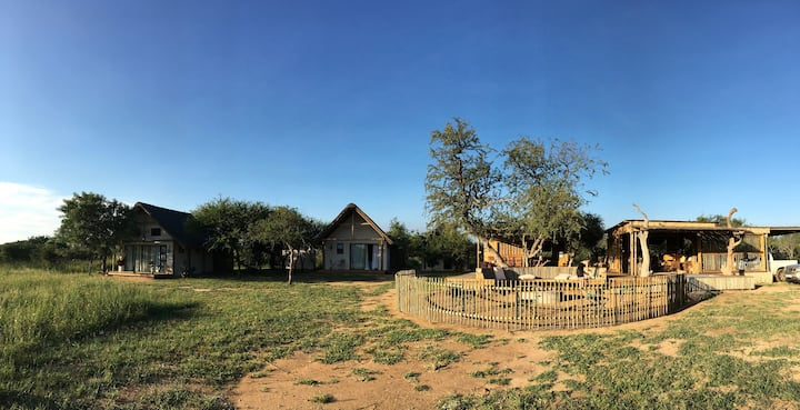 Nyumbani Estate Safari Camp BIG 5 - Ndlovu Chalet