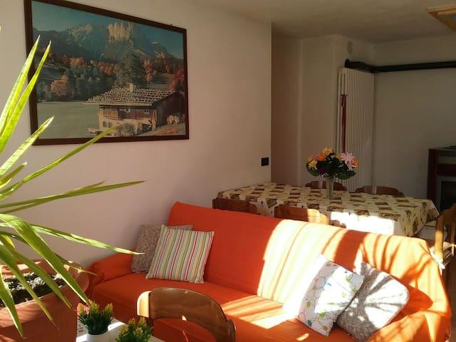 "APPARTAMENTO ""LOCANDA DEI FIORI"" - Vassalini - Дом"