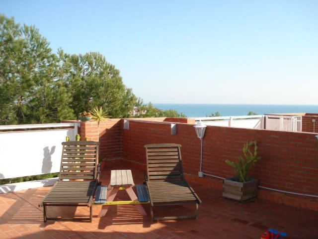 Penthouse with terrace. Sea view in Coma-ruga. - Coma-ruga - Apartment