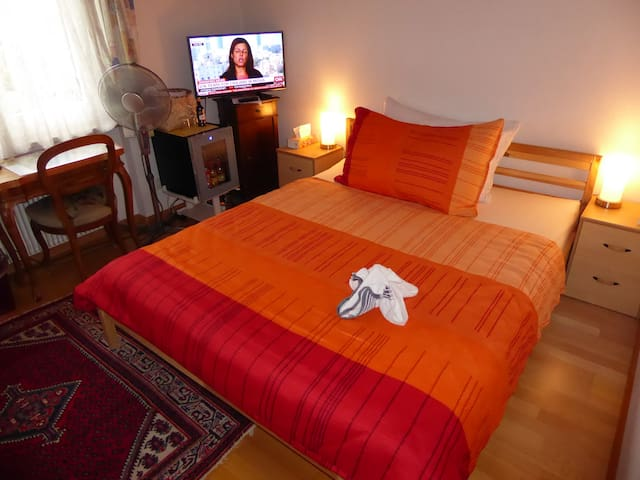B&B Pappelweg - 2 - Muttenz - Bed & Breakfast
