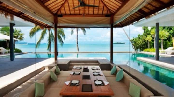 6 bedrooms Luxury Beach Front .