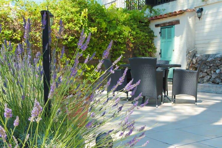 Lovely provençal villa with pool & panoramic view - Saint-Paul-de-Vence - Villa