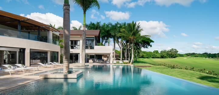 Casa Zee