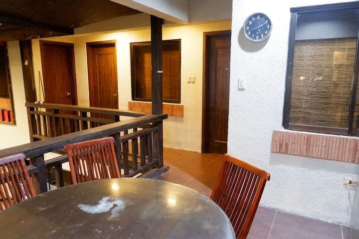 Subic Pool Villa - Extension House