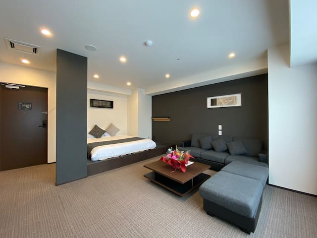 *TOP FLOOR* Brand new hotel close to Susukino St.