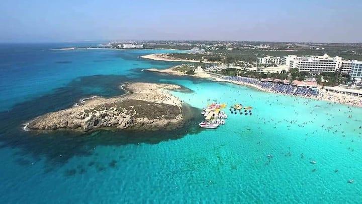 Villa Nissi Golden Beach