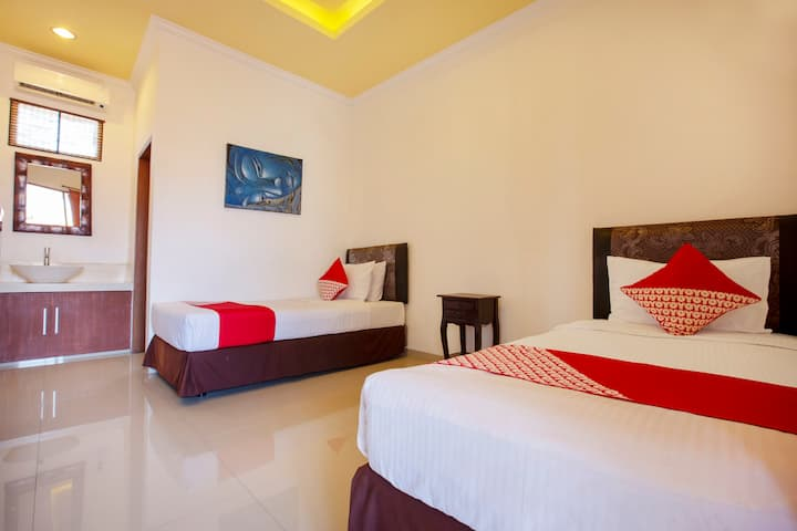 Cozy Twin Bed in Central Sanur