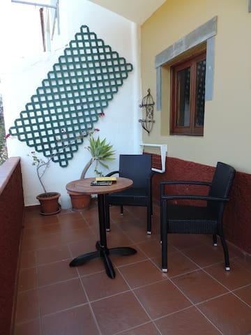 CASA LA TOSCA EJEMPLAR,   VISTAS A LA MONTAÑA