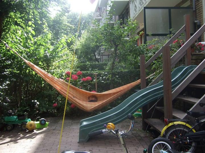 Appartment: nice garden, close to beach&centre