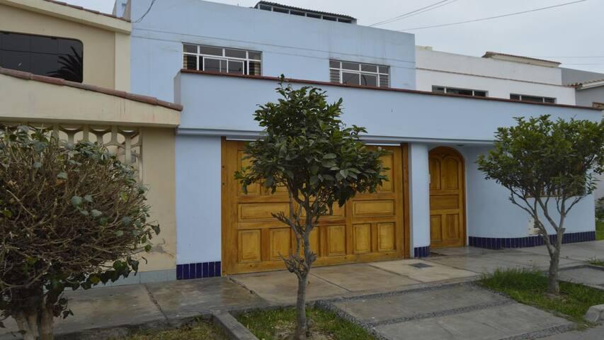 Hospedaje y Pensión en casa de Familia - Distrito de Lima - Casa