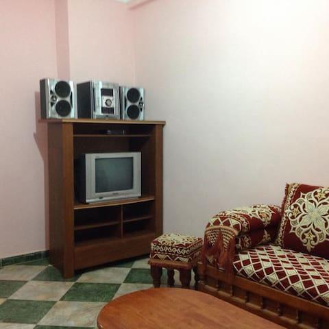 appartement sublime tout équipé - Bou Ismaïl - Byt
