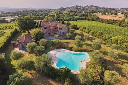 Villa con piscina - Lucignano - Vila