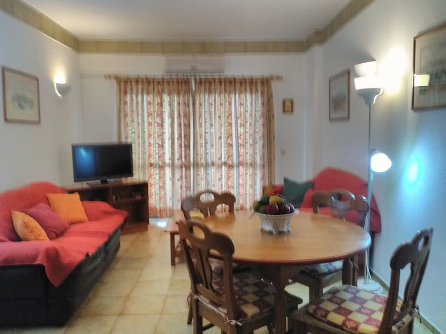 Sala ampla - estar e jantar