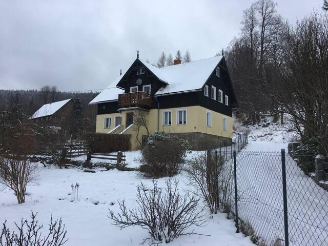 Rodzinny apartament: 2 pokoje,2 łazienki Szklarska