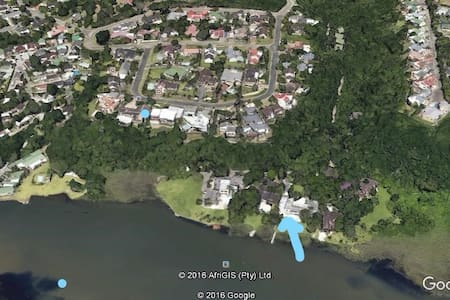 Self-catering On the lagoon - East London - Apartment