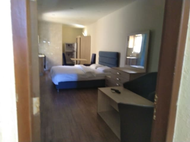 Furnished Studio& kitchen and bathroom for couples