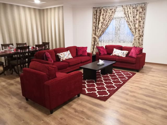(Fully furnished apartment at Downtown Complex