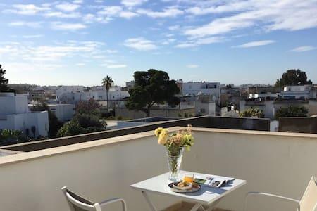 Flat 90 sqm - breathtaking view -downtown La Marsa