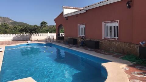 Maison / piscine / Gandia (au milieu des orangers)