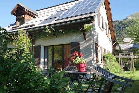 Studio 2 personnes avec jardin. - Arvieux - Apartment