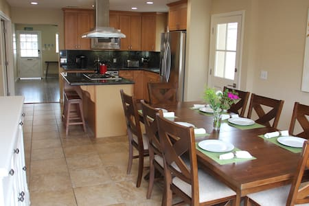 Newly-Furnished Oceanside Home!