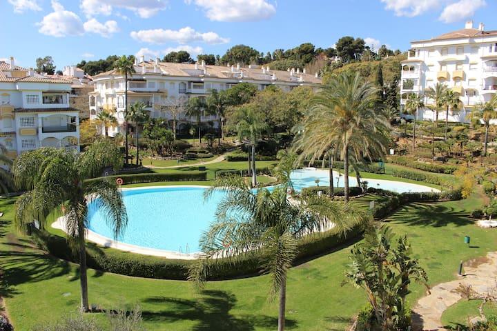VERANO EN LA MILLA DE ORO ( MARBELLA ) - Marbella - Condominio