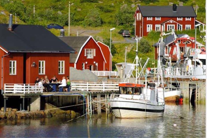 Koselig Rorbu (Modernisert) -Herman 2  Straumsjøen - Bø i Vesterålen - Sommerhus/hytte
